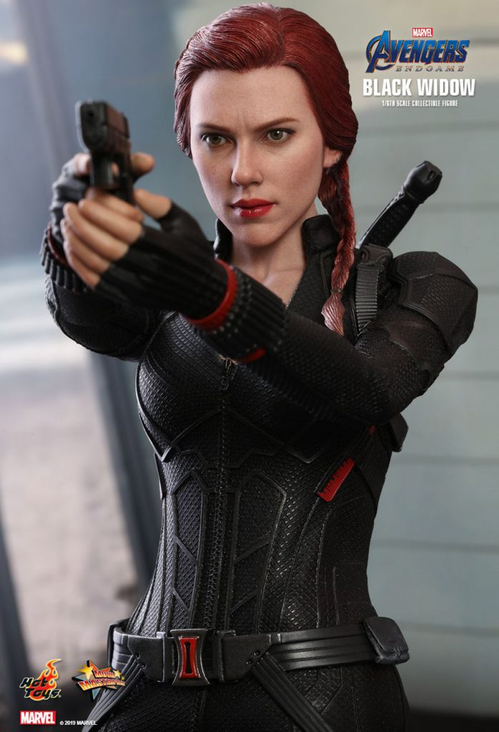 hot toys black widow sixth scale action figure